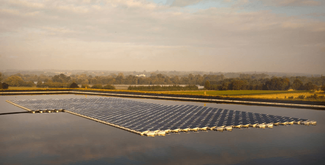 Floating Solar Panels in the UK