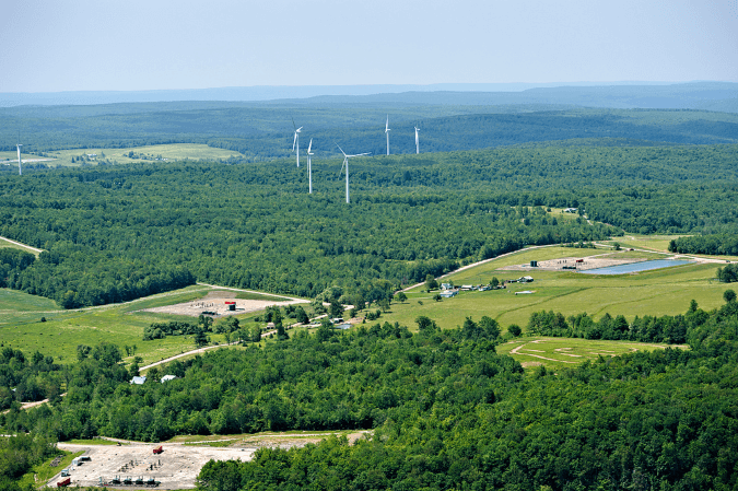 Wind Turbines with Fracking Sites United States