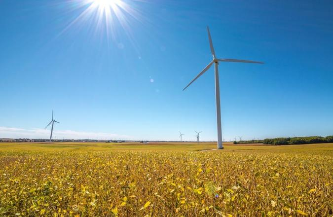 wind turbines are getting bigger