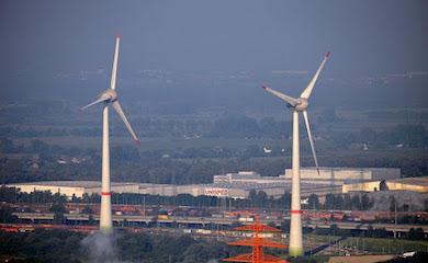 wind turbine near hamburg airport