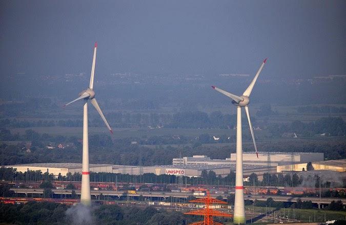 wind turbines near hamburg airport
