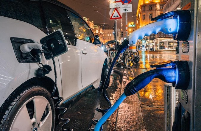 electric vehicle battery breakthroughs